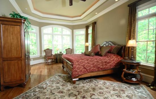 Arch-top-triple-in-bedroom